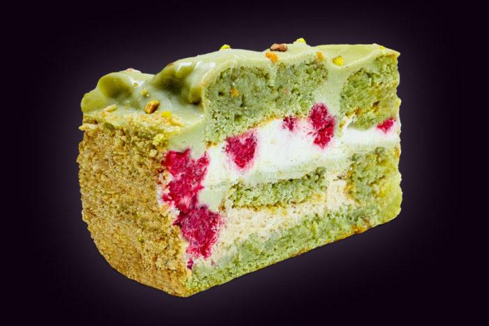 Торт-Фисташковый-с-малиной
